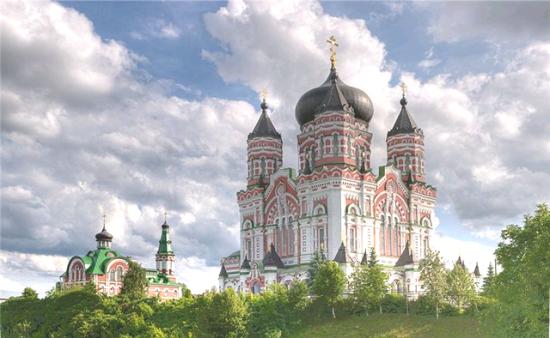 На территории Пантелеимоновского монастыря
