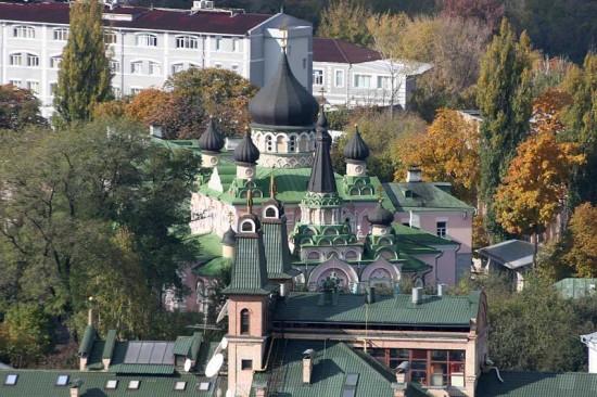 Покровский монастырь. Вид сверху.