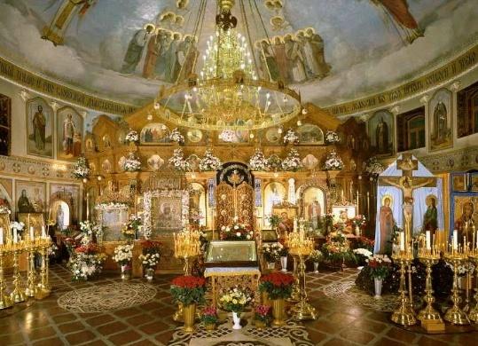 Во Введенском храме